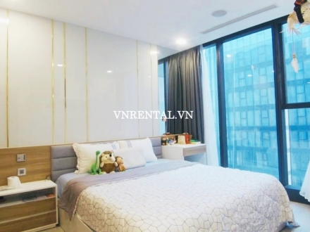 Fully Furnished aparment for rent in Vinhomes Golden River, HCMC