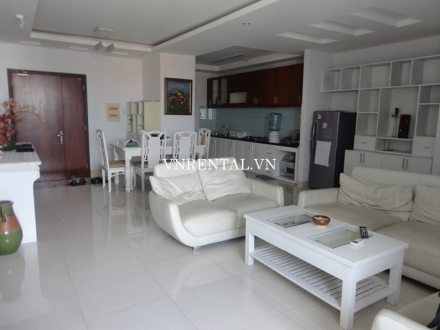 Bright and beautiful 3 bedroom apartment for rent in Central Garden building, District 1, HCM City