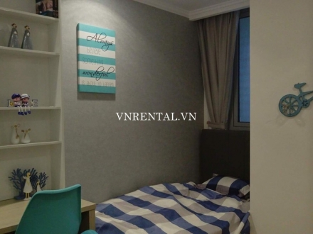 Bright and lovely apartment for rent in Vinhomes Central Park, Binh Thanh District, Ho Chi Minh City