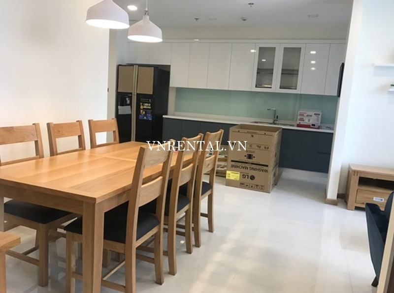 Vinhomes Central Park Apartment for rent in Binh Thanh District-03.JPG