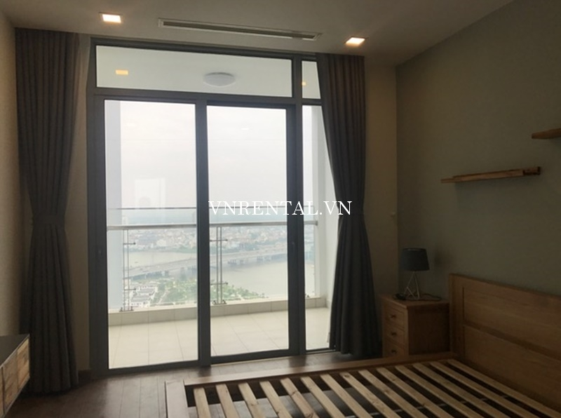 Vinhomes Central Park Apartment for rent in Binh Thanh District-08.JPG