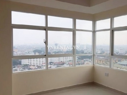 Spacious 3-bedroom apartment for rent in Cong Hoa Plaza, Tan Binh District, Ho Chi Minh city