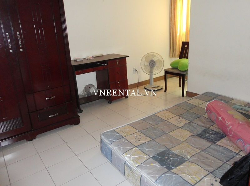 Phuc Thinh Apartment for rent in District 5-04.JPG
