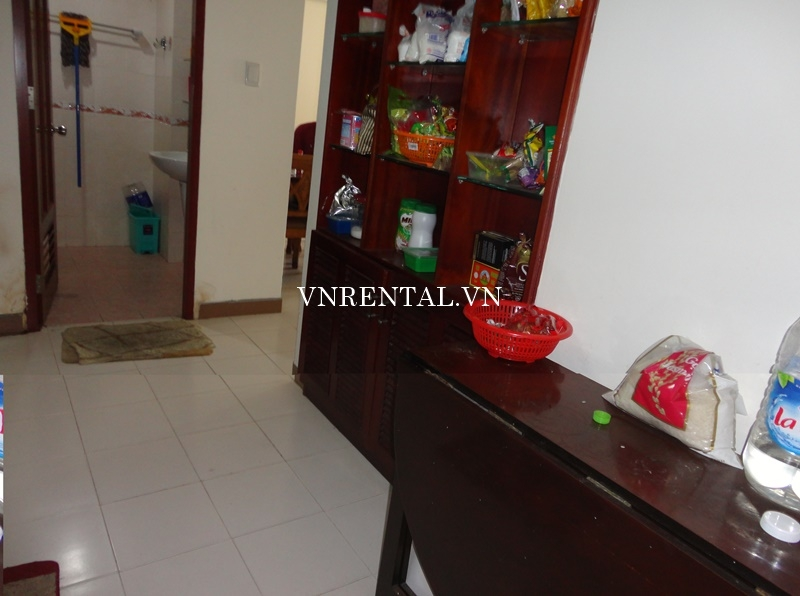 Phuc Thinh Apartment for rent in District 5-02.JPG
