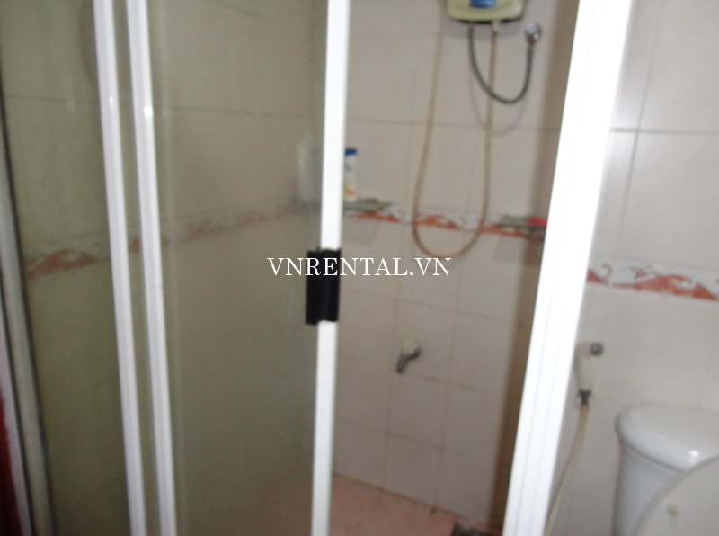 Phuc Thinh Apartment for rent in District 5-07.JPG