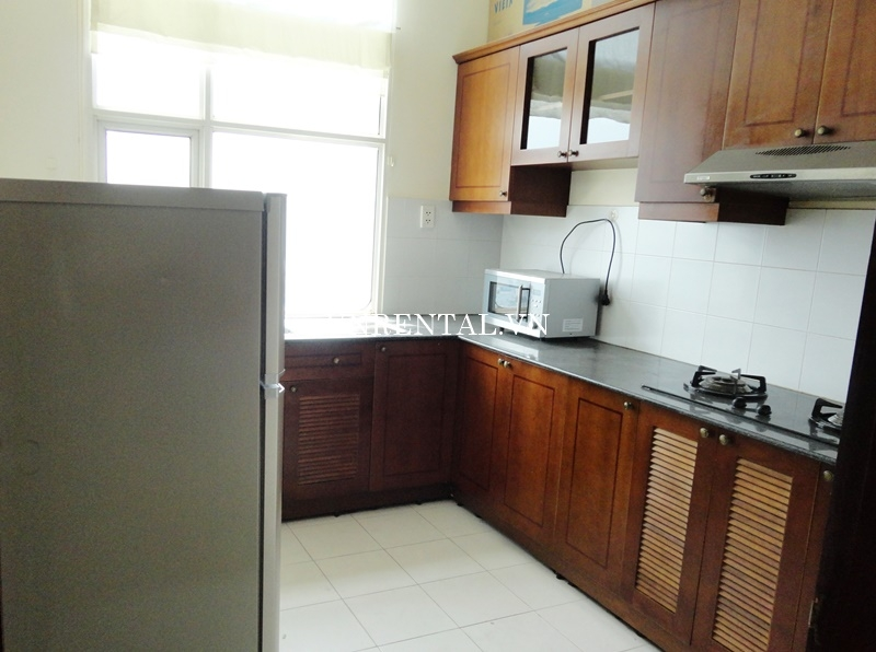 Phuc Thinh Apartment for rent in District 5-09.JPG