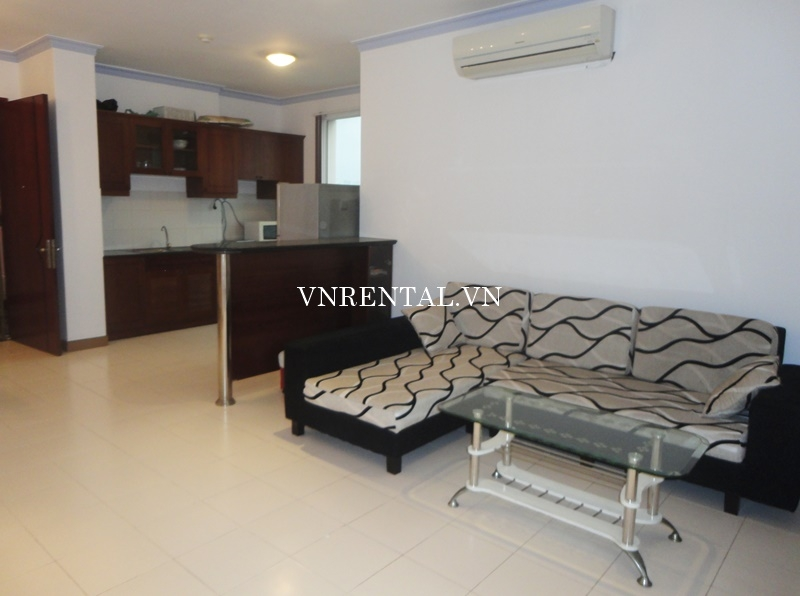 Phuc Thinh Apartment for rent in District 5-01.JPG
