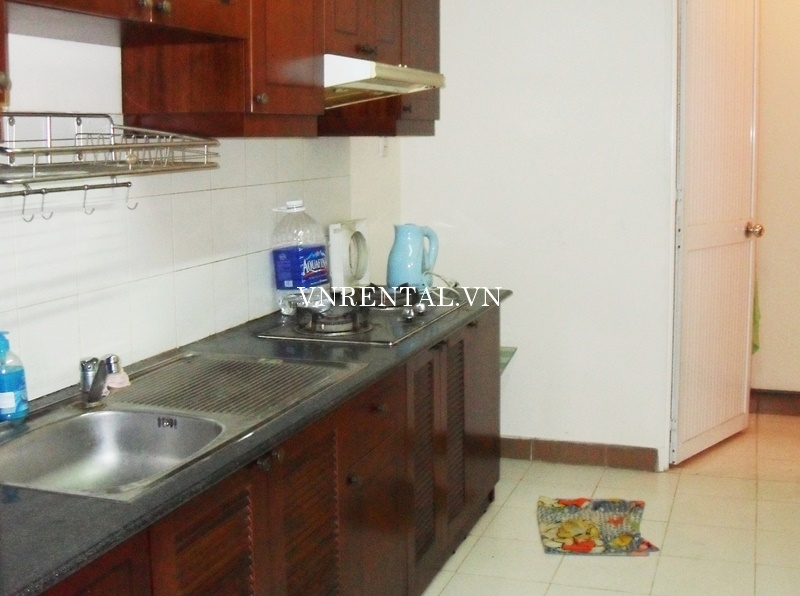 Phuc Thinh Apartment for rent in District 5-06.JPG