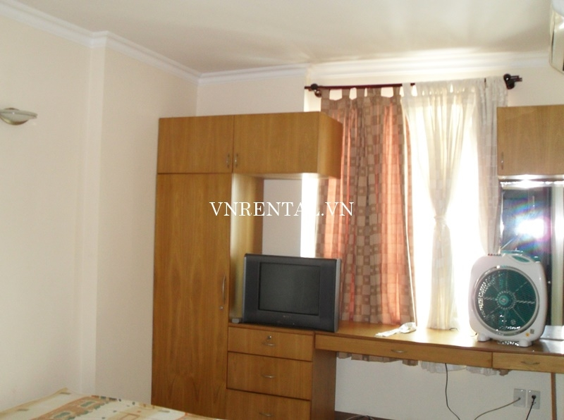 Phuc Thinh Apartment for rent in District 5-03.JPG