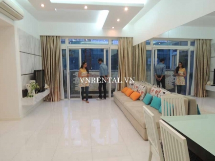 High floor apartment for rent in SaiGon Pearl Building, Binh Thanh District, Ho Chi Minh city